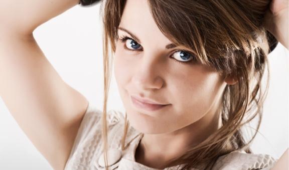 ładna dziewczyna, nauka angielskiego